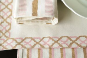 Glasur Placemat And Peony Dinner Napkin Set_6E5A7073
